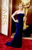 Ейми Адамс в мастилено синя рокля на Гучи на Оскари 2014
