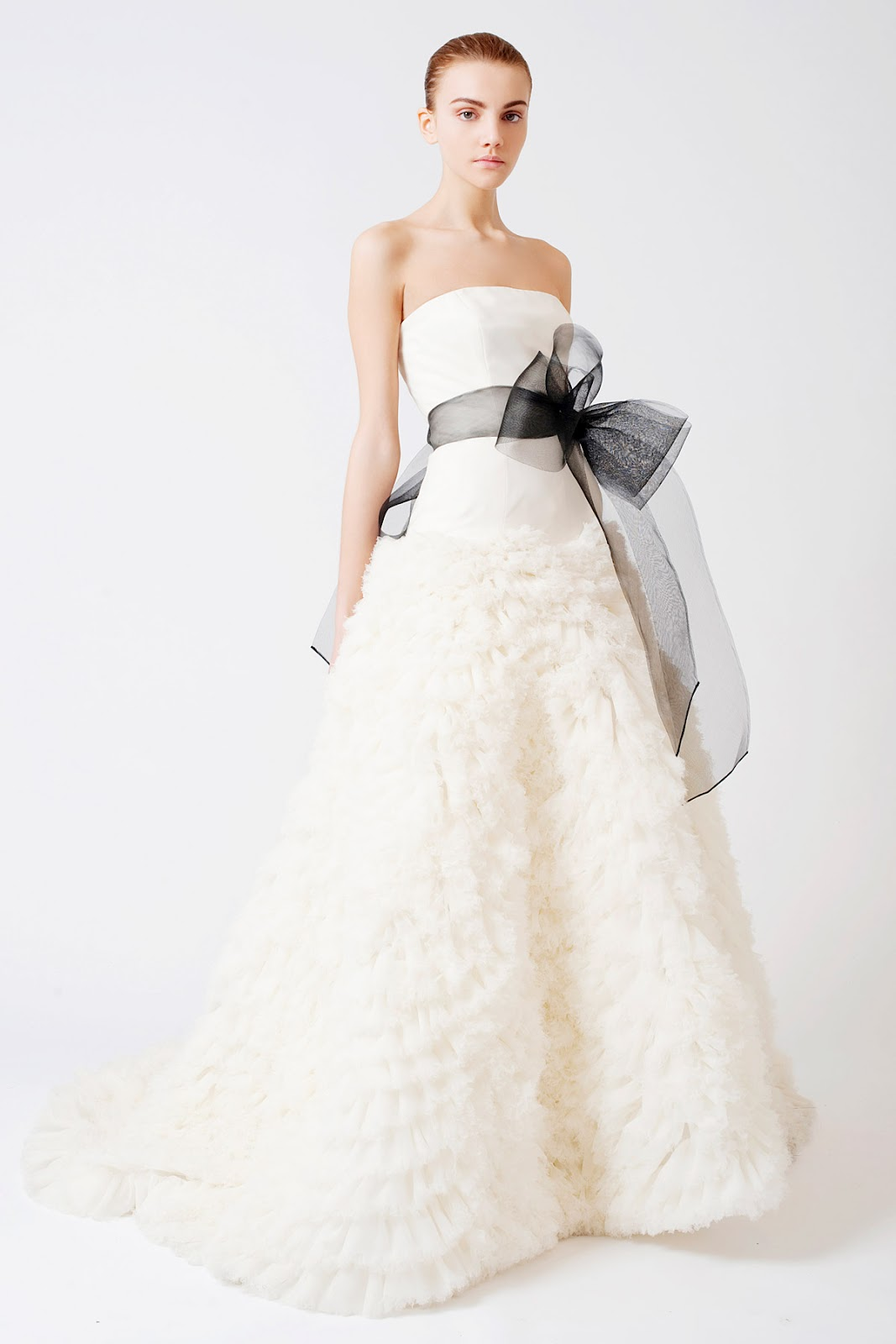 Girls go glam fashion in the spotlight vera wang for for Vera wang wedding dress used
