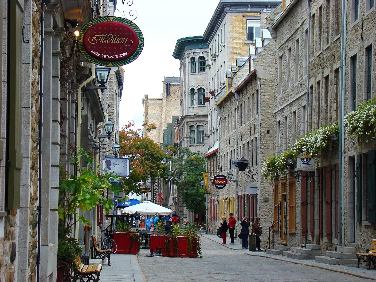 Исторический центр города имитирует Европу намного успешней, чем Монреаль или Виктория