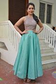 Rashi Khanna latest glam photo shoot-thumbnail-20