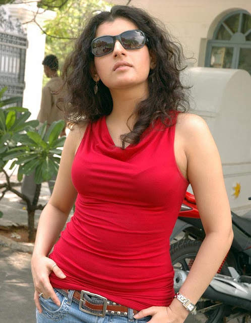 Hot Picture World: Hot Spicy Archana Veda Red Chili Picture