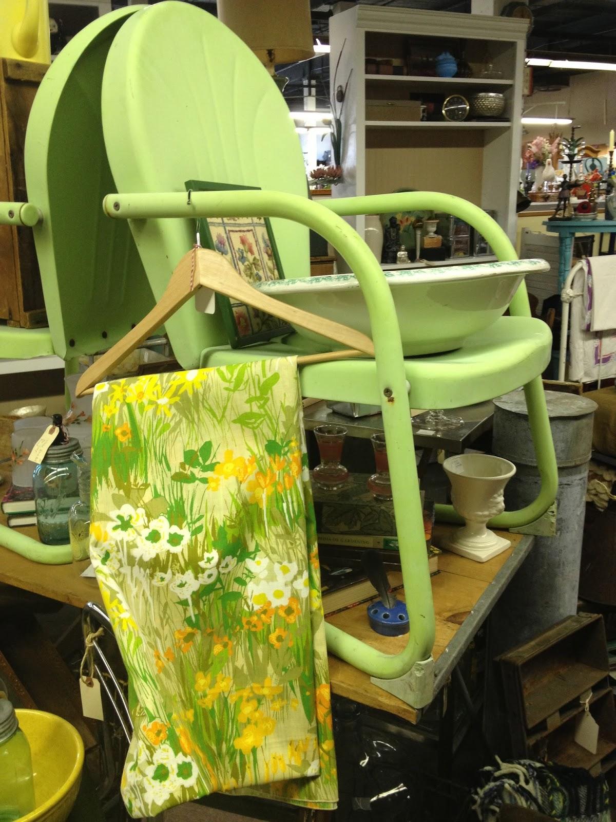 C Dianne Zweig Kitsch 39 N Stuff Colorful Vintage Metal Motel Chairs Lo