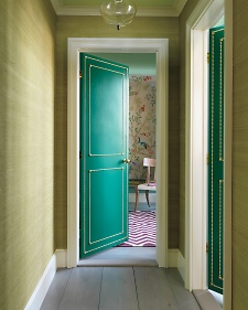 Anyway it made me remember this door I saw in Martha Stewart Living some time ago & White Dove: Downton\u0027s Decorated Doors