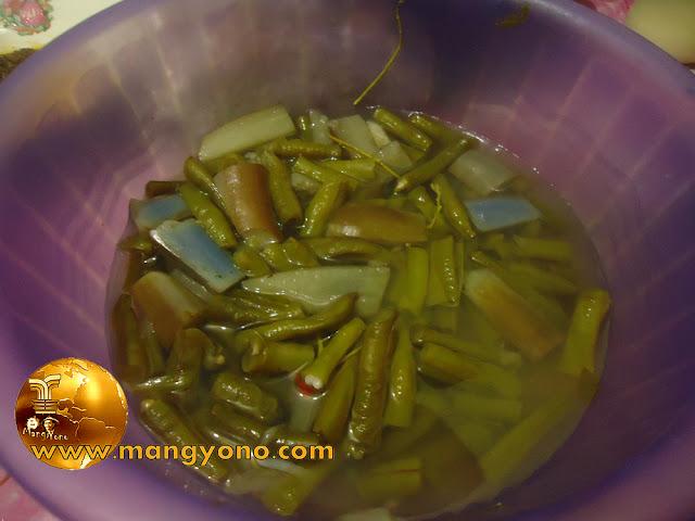 Resep sayur asem daun asem