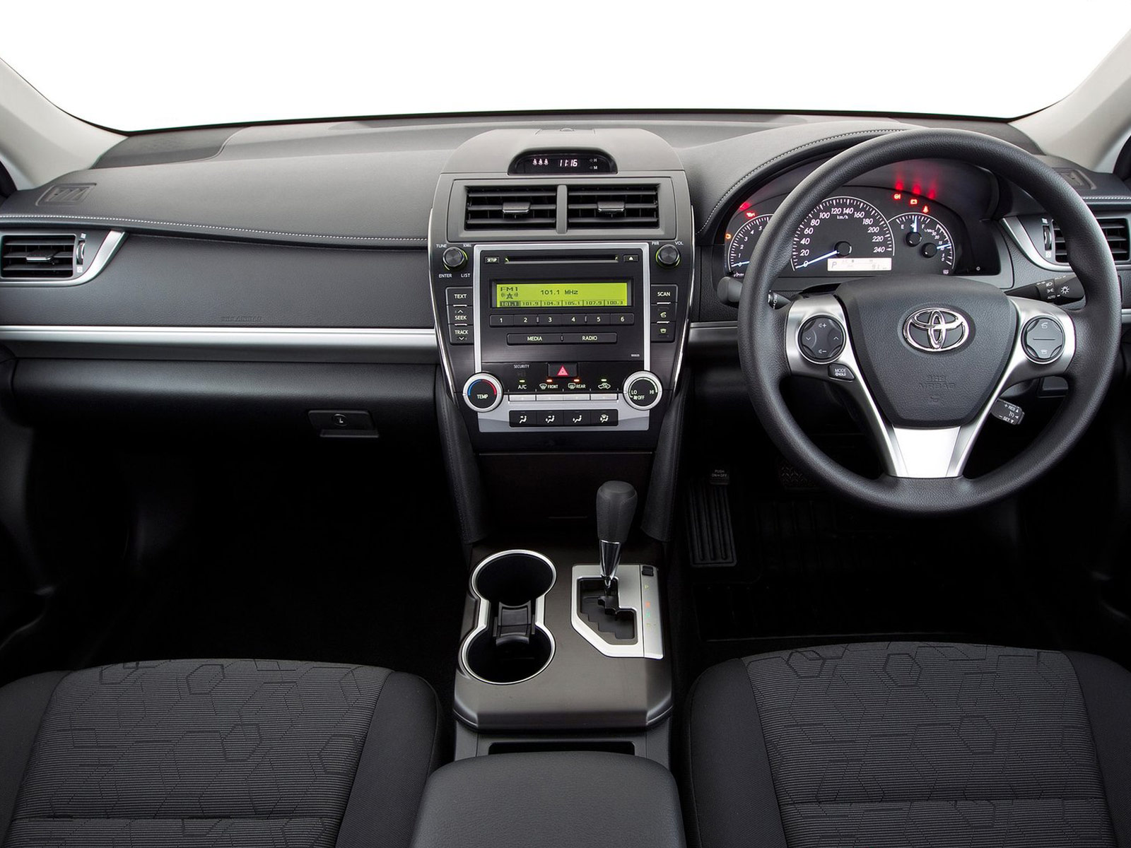 http://1.bp.blogspot.com/-WxkMz2xKWo0/Twz3n_Ee7kI/AAAAAAAAL2M/Z_J7VhzVrdg/s1600/2012-Toyota-Camry-AU-Version_japanese-car-wallpapers_11.jpg