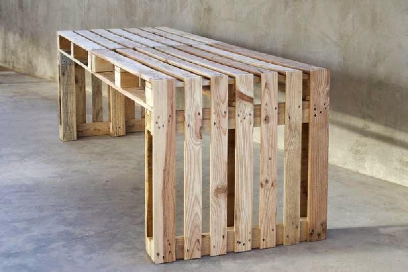 construye una mesa grande utilizando solo 4 palets - Mesa Con Palets
