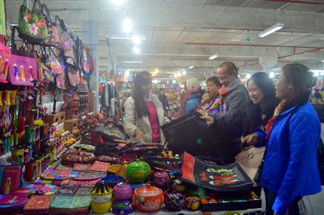 Chợ đêm Hạ Long mới
