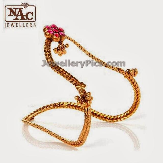NAC jewellers simple ara vanki antique design