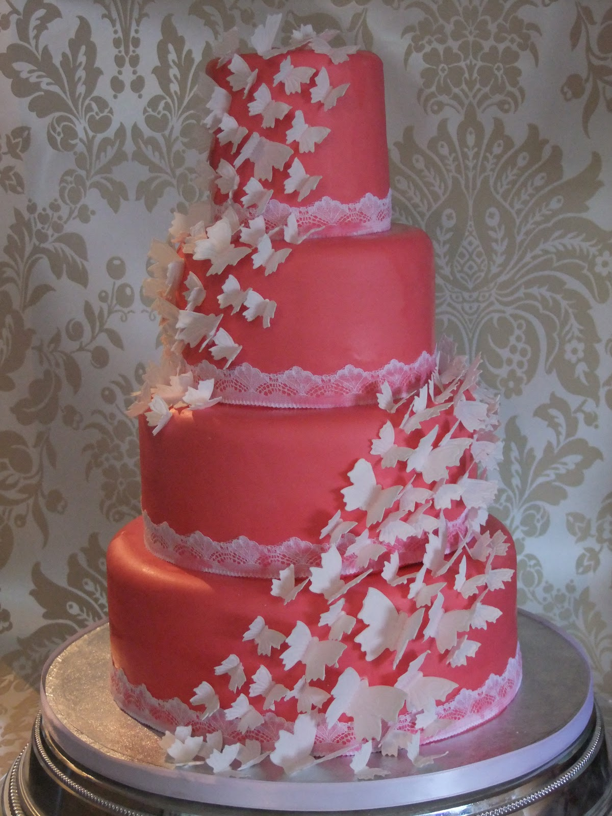 Big Day Discounts: Wednesday's Wedding Faves- The Couture Cake Company