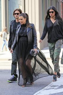 Kim Kardashian wearing black outfit