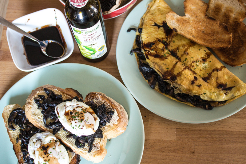 Portobello Mushroom Mania: Two Ways with Eggs for Breakfast | Svelte Salivations