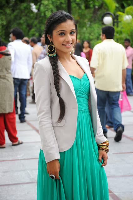 South Actress Shagun Images