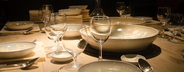preparar mesa de comedor