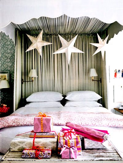 Canopy Fabric   on Bed Canopy  Sconces  Mounted Inside The Bed Frame  Allow For A Night