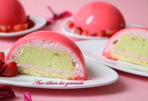 Aux d lices des gourmets d mes fraise insert pistache for Glacage miroir fraise