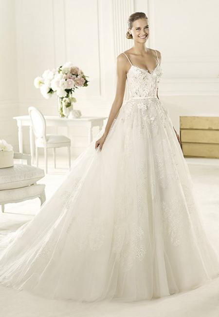 Булчинска рокля с презрамки и пищна пола - Elie Saab сватбена колекция 2013