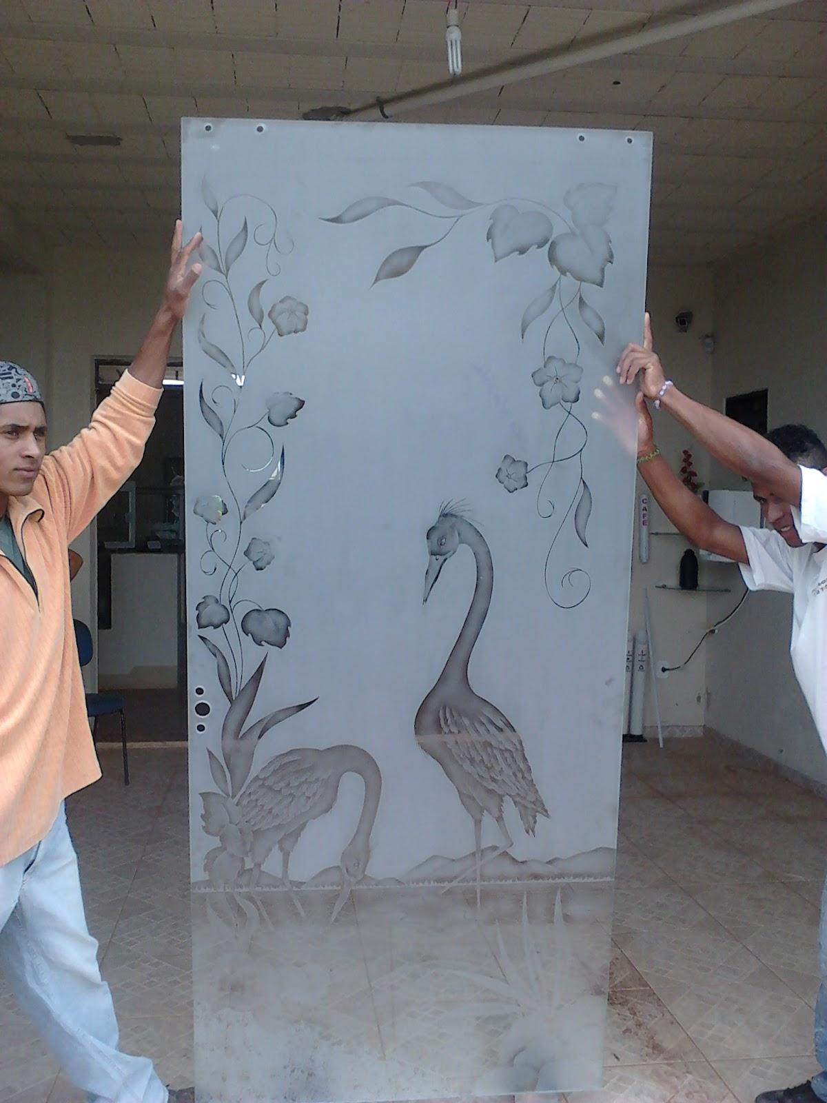 #995332 desenho é finalizado para que não haja visão do outro lado por  1590 Vidros Jateados Para Janelas E Portas