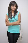 Vithika Sheru Glamorous Photo Shoot Gallery-thumbnail-2