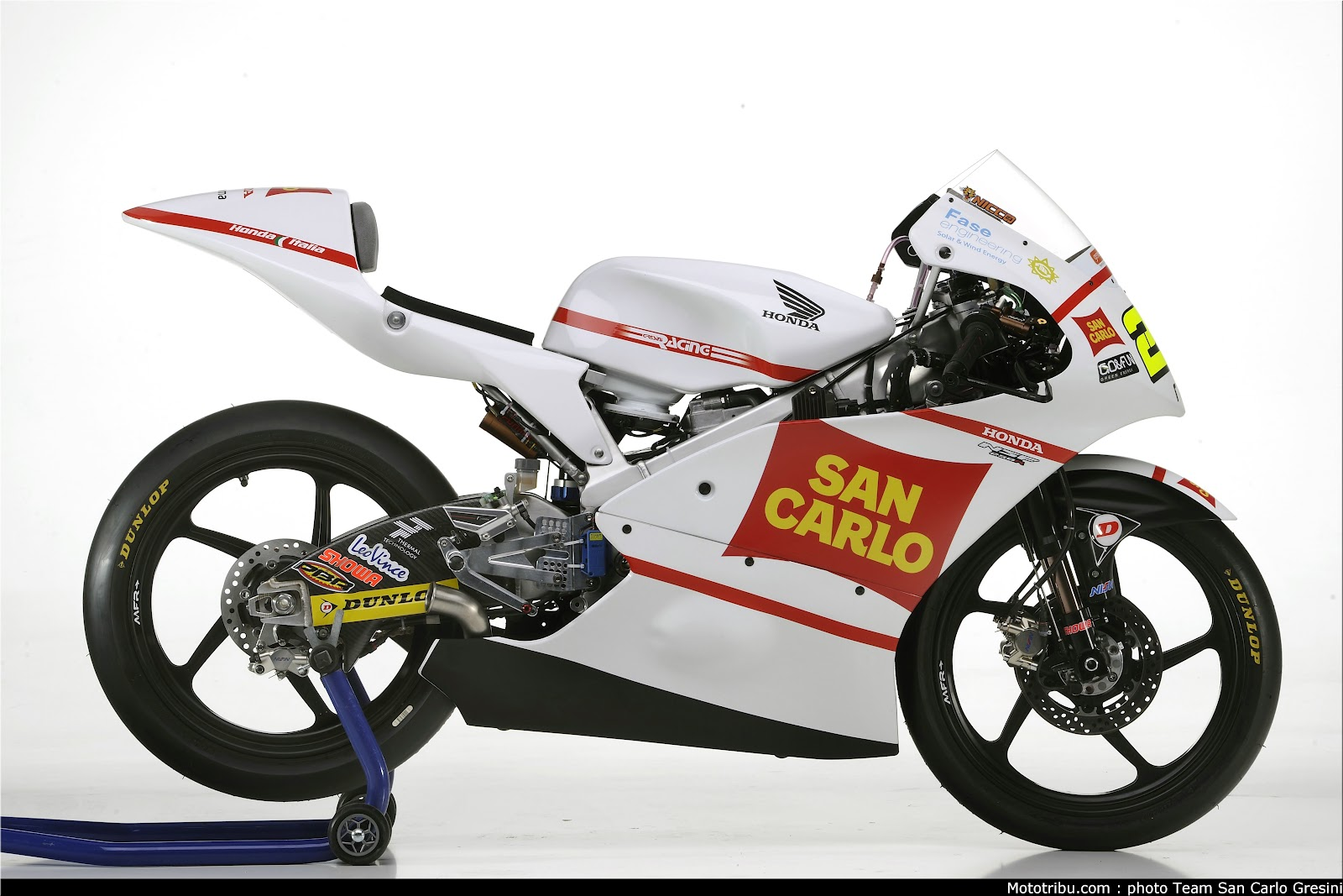 Racing Caf U00e8  Honda Nsf 250 R N Antonelli Team Gresini 2012