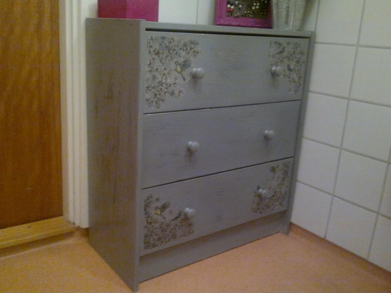 no poo rockabella rockabilly pin up 30er 50er jahre. Black Bedroom Furniture Sets. Home Design Ideas