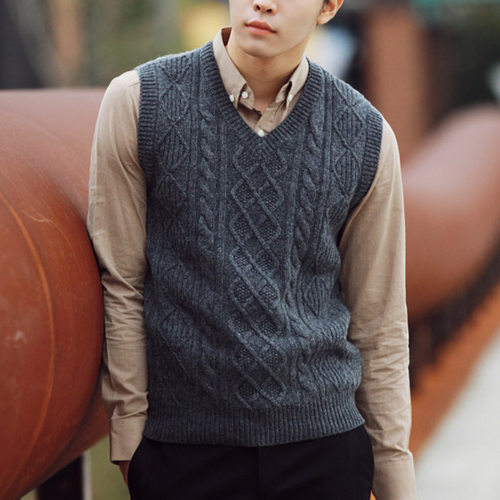 Knitting Pattern Central Men s Vests : [Jogun Shop] Classic Vest with Cable Knit Design ...
