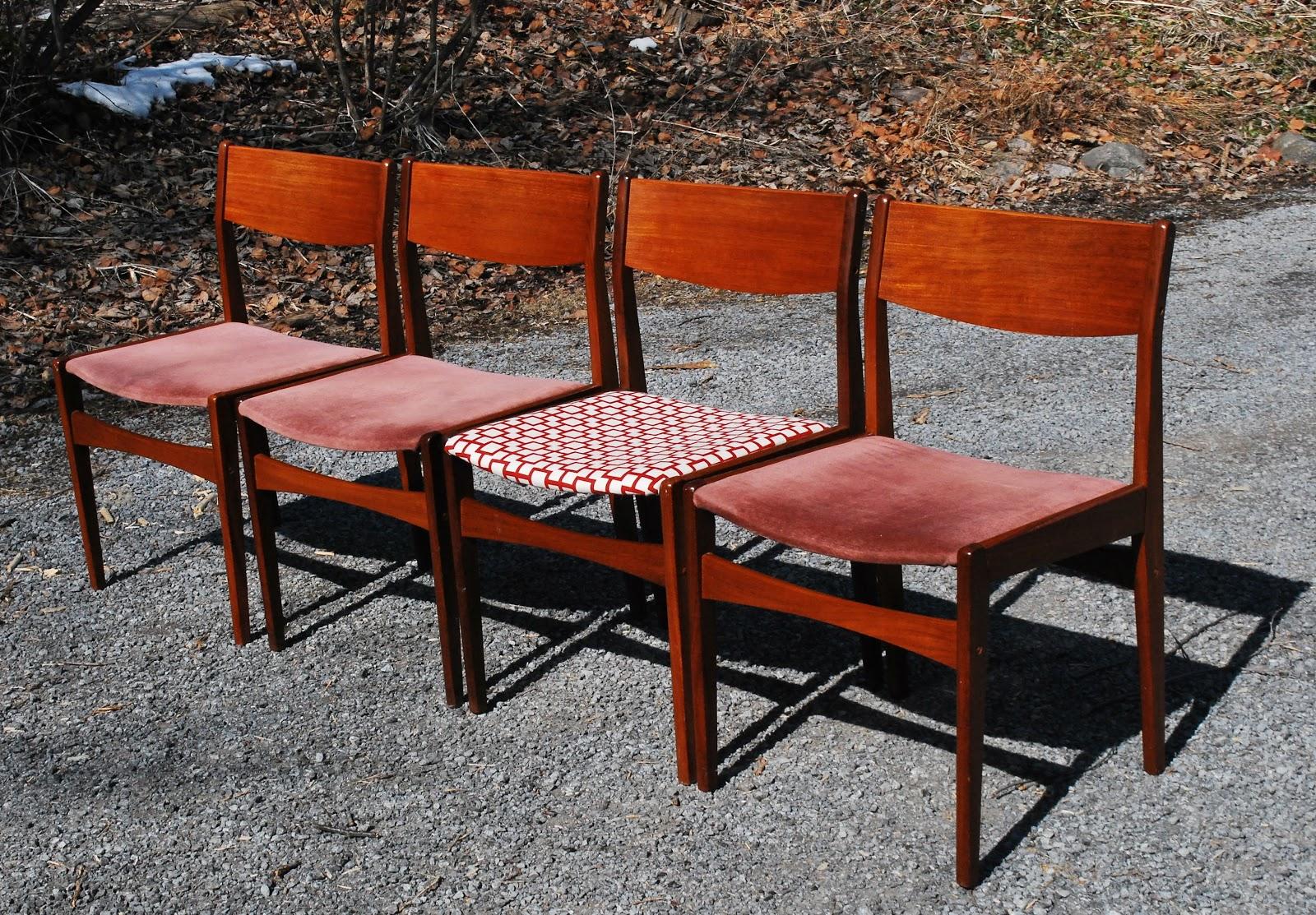 Tribute 20th Decor Danish Teak Frem Rojle Dining Chairs