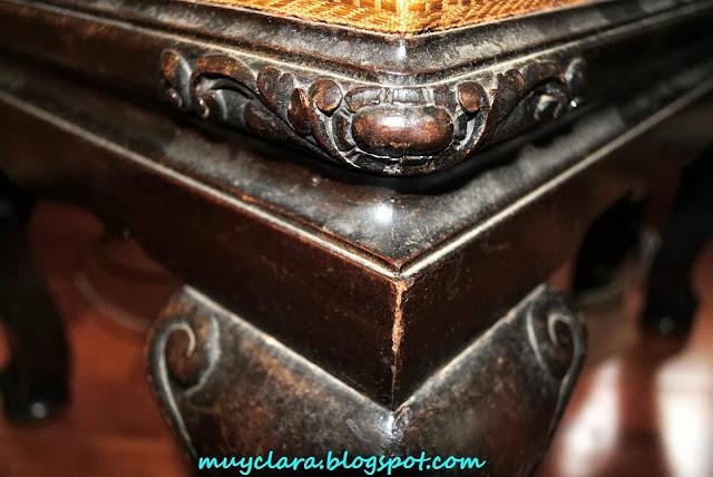 Muebles recuperados, relatos y reflexiones : Escabel antiguo rediseñado.