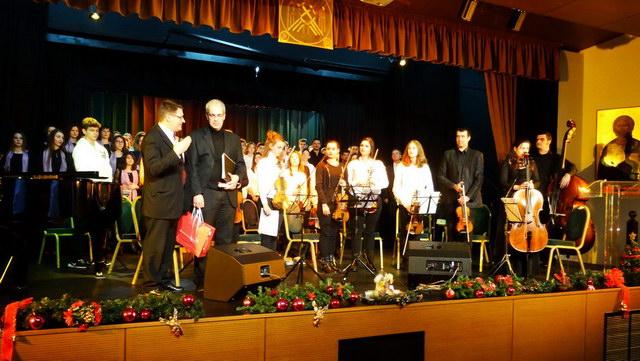 Με επιτυχία πραγματοποιήθηκε στην Αλεξανδρούπολη το 1ο Χριστουγεννιάτικο Χορωδιακό Φεστιβάλ Νέων