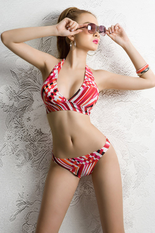 Vietnamese Hot Girl Angelia Phuong Trinh