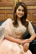 Rashi Khanna glamorous photos-thumbnail-1