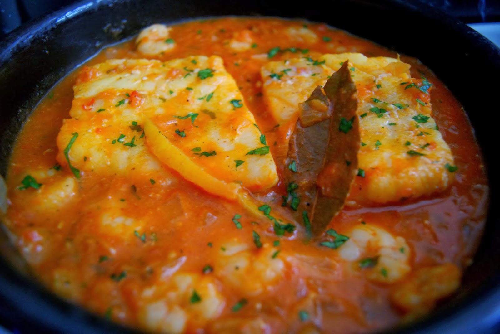 Tajine de bacalao y gambas tajine de poisson et crevettes el g de sasa - Cocinar bacalao desalado ...