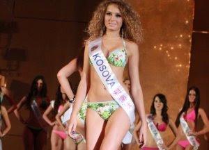"""La albanese vince tre premi al """"World Bikini Model 2011""""."""