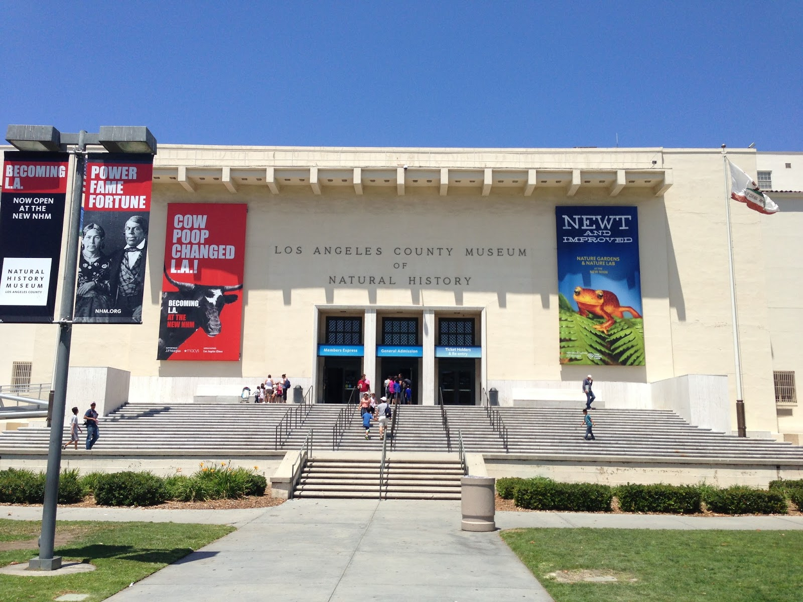 Uf Introduction To Natural History Museums