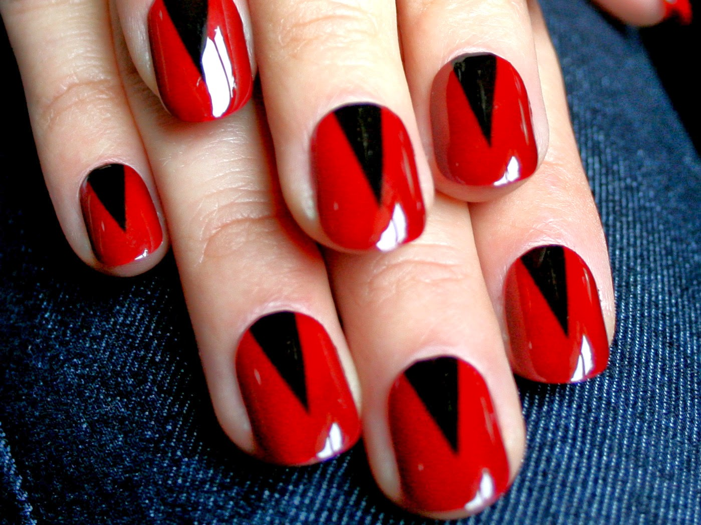 10 amazing red nail art designhttpnails sidespot i also wish that you get very good nail art so youve got 10 red nail art design i hope youll come to love red nail art design prinsesfo Choice Image