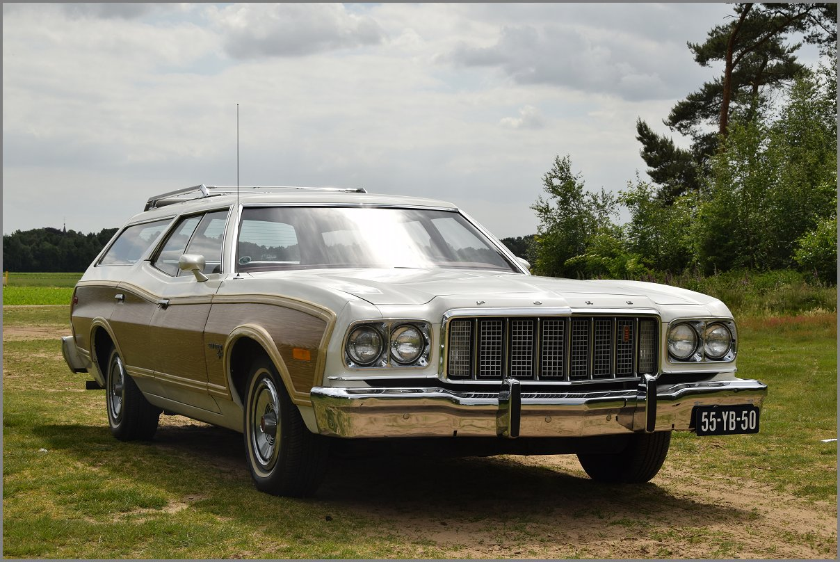 Ford Gran Torino Squire Stationwagon 400 V8 1976 Stuurman Classic 1964 Grand It Has Powersteering And The Big 400v8 With 66 Litres So Plenty Of Power Hard To Find In This Pristine Condition Just Drive Or Collect