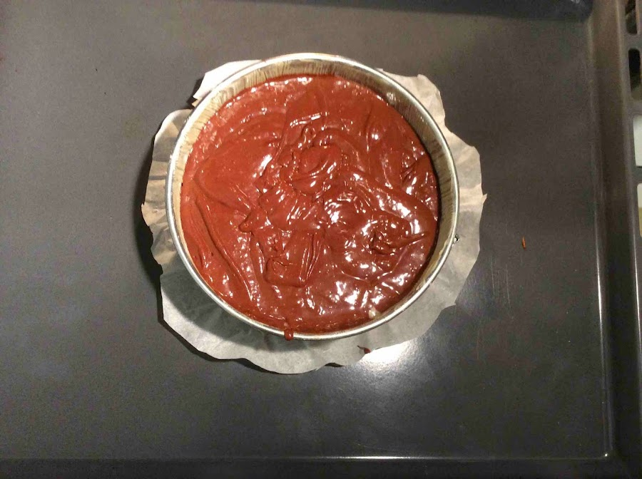 Bizcocho de chocolate en el horno