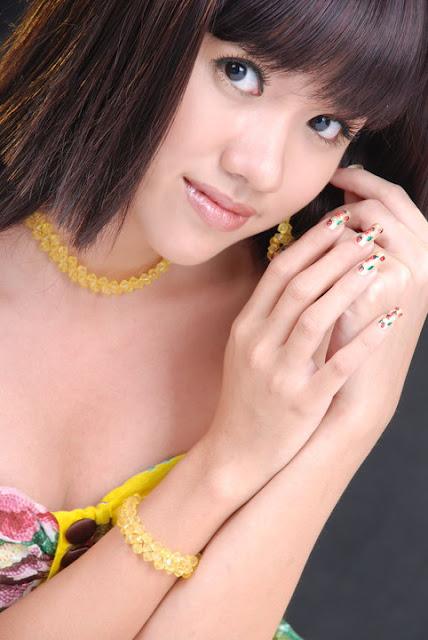 Model Ei Phyo Cherry in Beautiful Mini Fashion Dress