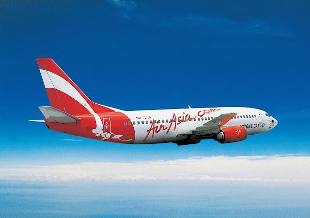 Foto Gambar Pesawat Terbang Air Asia 08