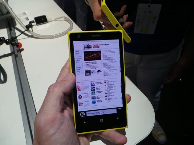 nokia lumia 1020 webpage