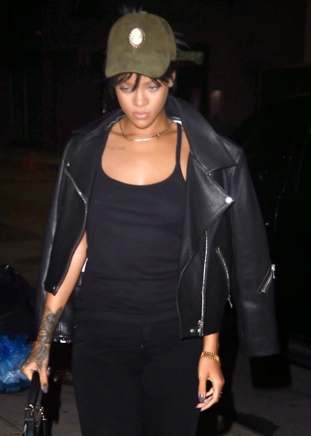 Street Style_Rihanna Heading to a Recording Studio