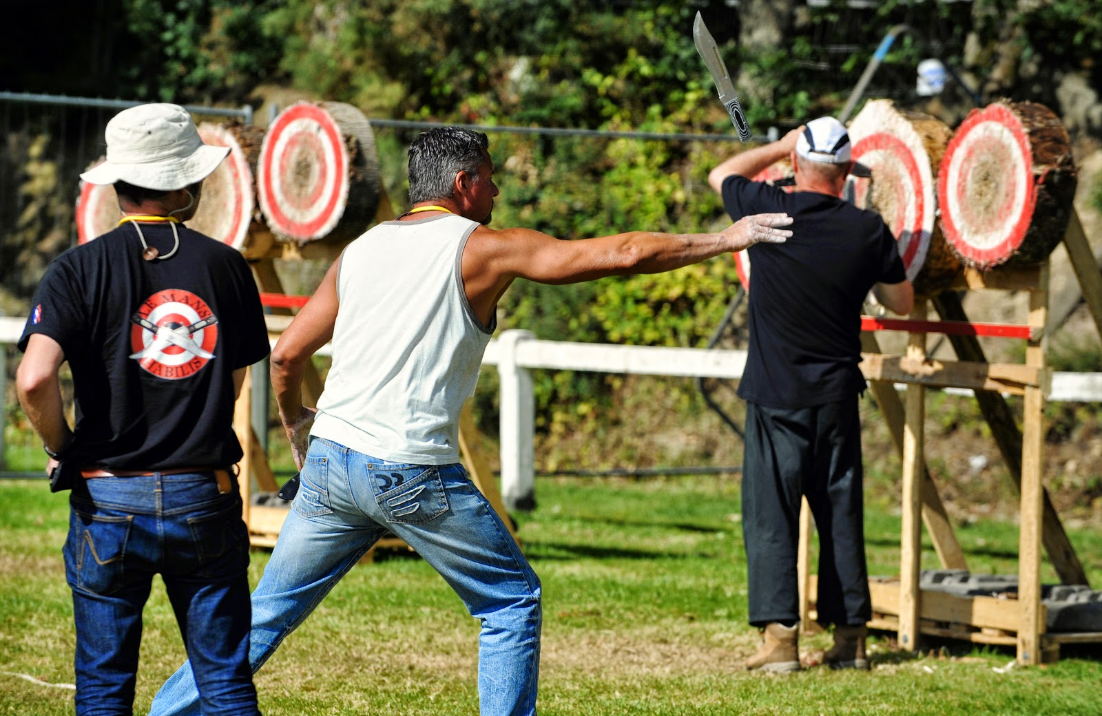 Knives & Hatchets Throwing World Championships 2014