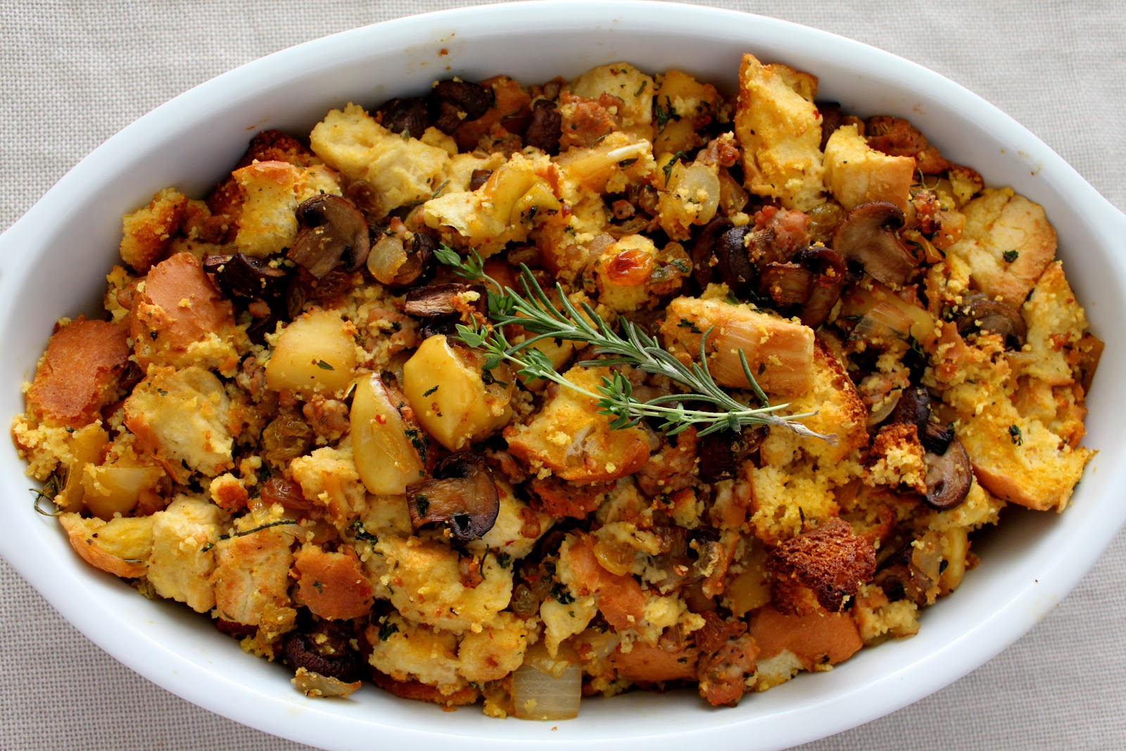 Artisan and Cornbread Stuffing with Apples and Italian Sausage