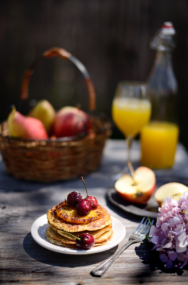 #PIÑACOLADAPANCAKES #PinaColadaPancakes #Pancakes #HomemadePanCakes  #Recipe #FoodPhotography #SimiJoisPhotography