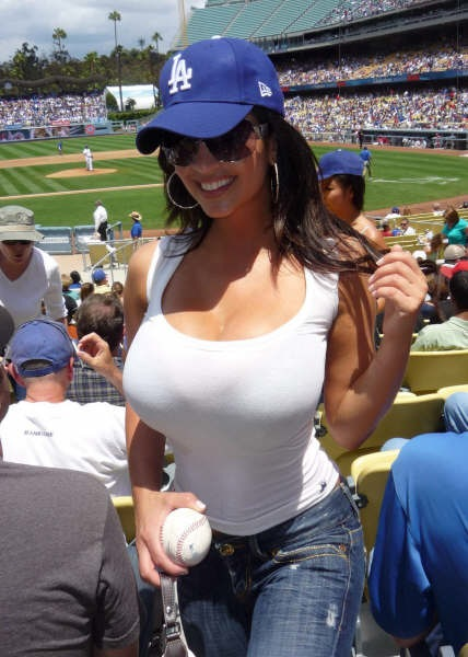 Giants boobs pictures
