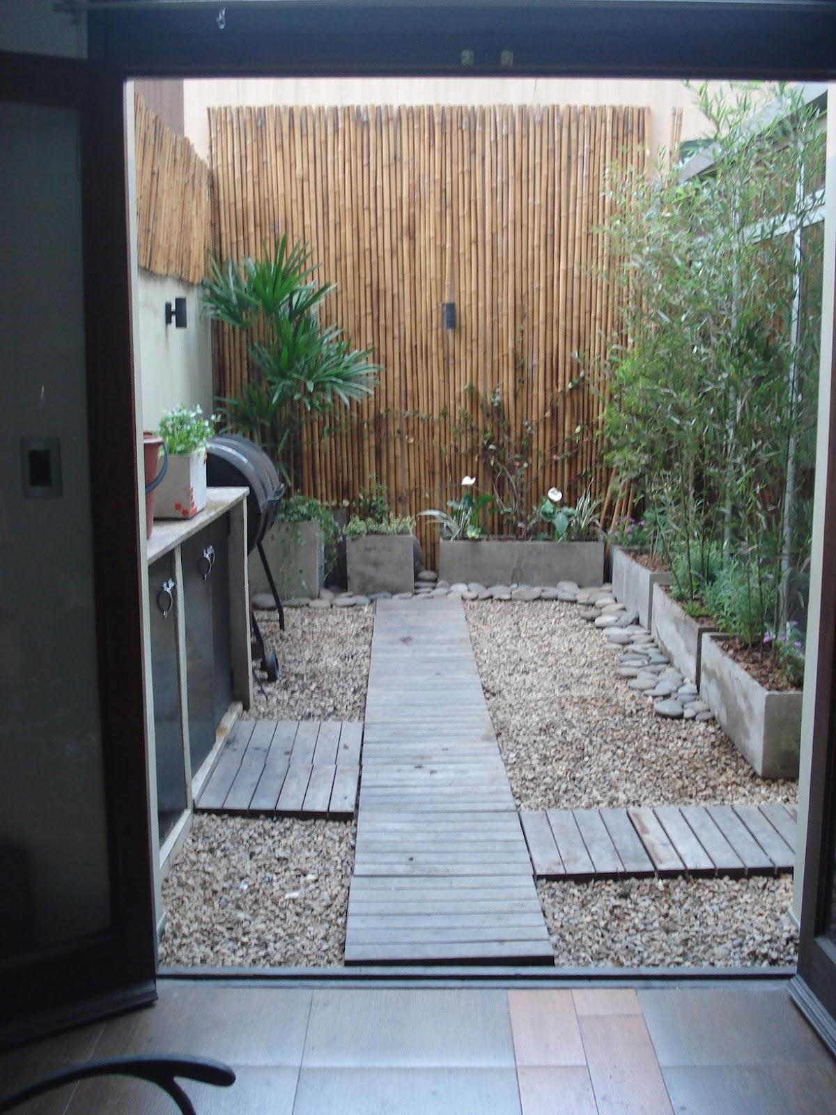 Reverdir jardineria y paisajismo patio verde y algo mas for Paisajismo de patios
