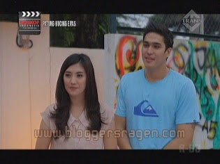 Patung Kucing Emas Film Trans TV