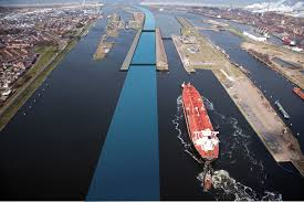 Council Backs Speeding up of IJmuiden Sea Lock Construction