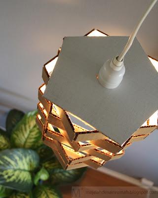 Membuat Lampu Gantung Dari Kardus Bekas 7