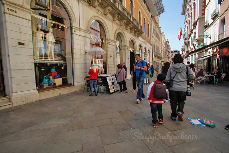 Colorful Venice for the Shopper in You