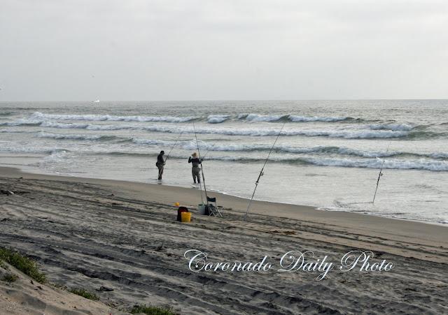 Coronado daily photo april 2011 for Tides for fishing san diego